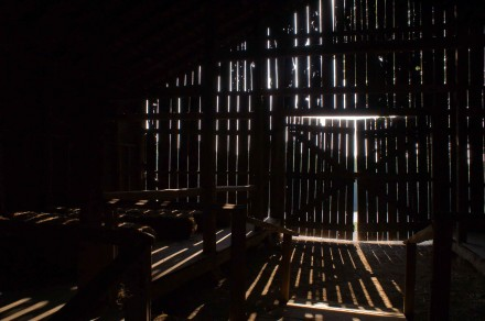 wood_inspiration_4_barn_light